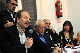 Loreti y Verbitsky, ayer, en la conferencia de prensa de CELS