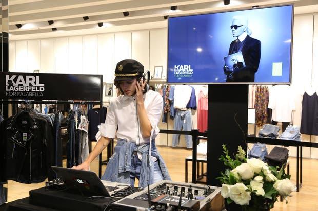 Belén Chavanne fue la DJ de la presentación de la colección cápsula de karl Lagerfeld para Falabella