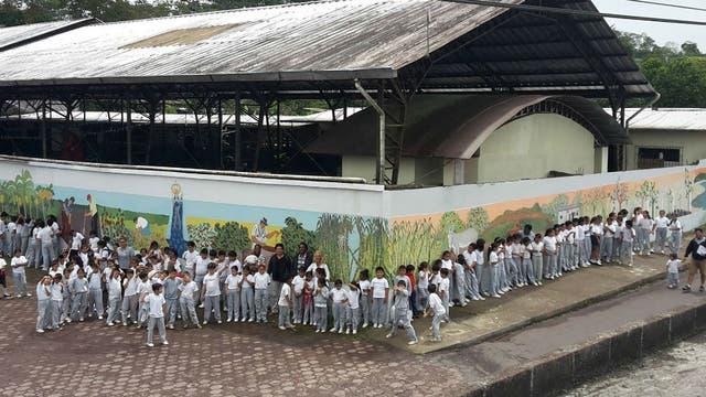 Fue convocada para pintar un mural de 160 metros en las Islas Galápagos.