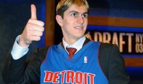 En 2003, Detroit lo seleccionó en el puesto número 2 del Draft; para muchos, es la peor elección de la historia