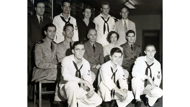 El equipo de la Mark 1; en el centro Hopper junto a Howard Aiken