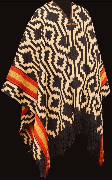 Poncho argentino, de la colección del Museo de Arte Popular José Hernández