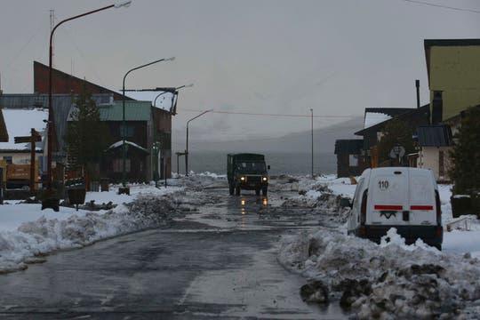 El ejército patrulla la calles vacías. Foto: LA NACION / Alfredo Sánchez