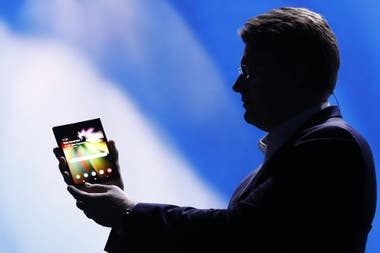 The prototype introduced by the South Korean company allows you to offer smartphone and tablet format in a single device with Infinity Display Flex