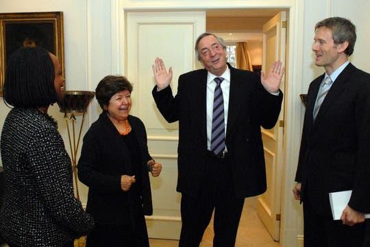 Néstor Kirchner, recibió en la residencia de Olivos, a  Esther Brimmer, secretaria de Estado  adjunta de la Casa Blanca para asuntos de Organizaciones Internacionales, 1 de septiembre de 2010. Foto: Télam