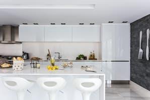 Una cocina con detalles de vanguardia