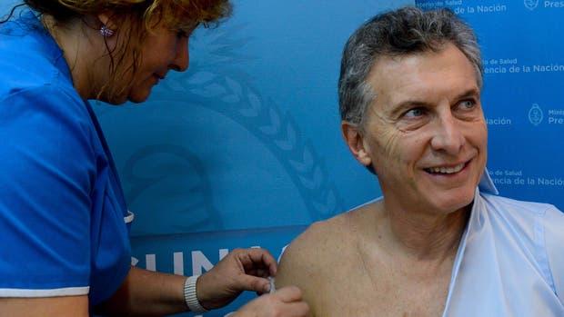 Mauricio Macri se vacunó contra la gripe