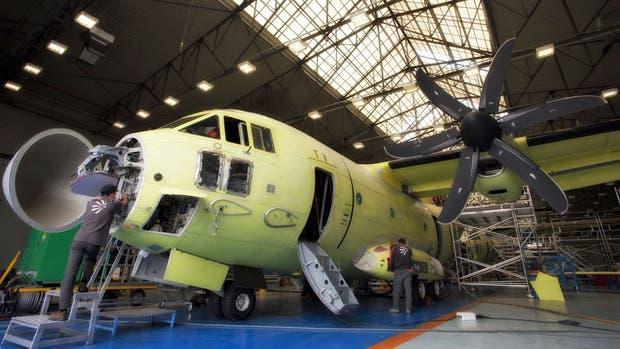 El C-27J Spartan, el avión de transporte multimisión que la Argentina está evaluando comprar