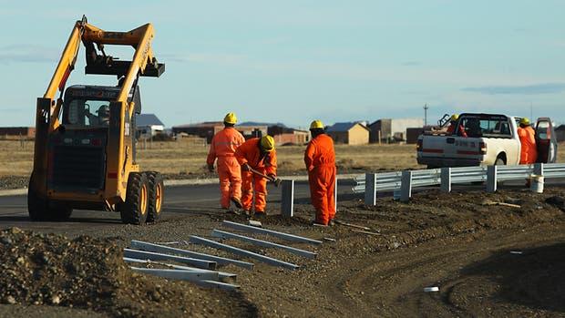 La construcción y la industria suben con fuerza y afianzan el repunte económico