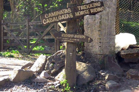 El paisaje que se visualiza en la recorrida por el barrio La Montaña. Foto: lanacion.com / Constanza Longarte