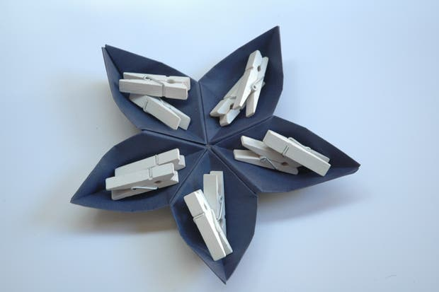 Contenedor flor estrella, de Origami Fest.