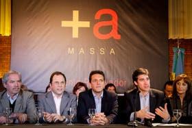 El Frente Renovador firmó ante escribano su rechazo a la re-reelección