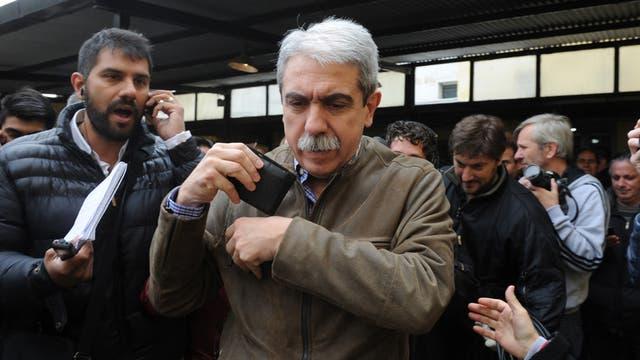 Aníbal Fernández, luego de votar ayer en la mañana