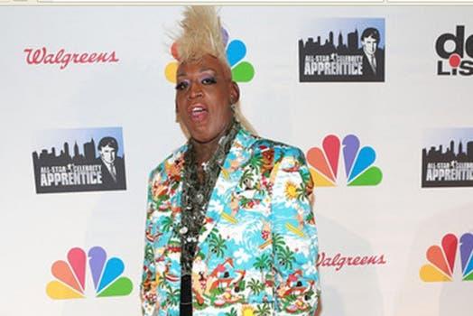 Dennis Rodman, y esos raros peinados nuevos. Foto: mundodeportivo.com
