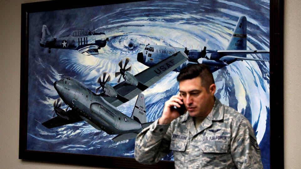 El Sargento Nicholas Monteleone en la Base Keesler de la Fuerza Aérea de EE. UU.. Foto: Reuters / KEVIN LAMARQUE