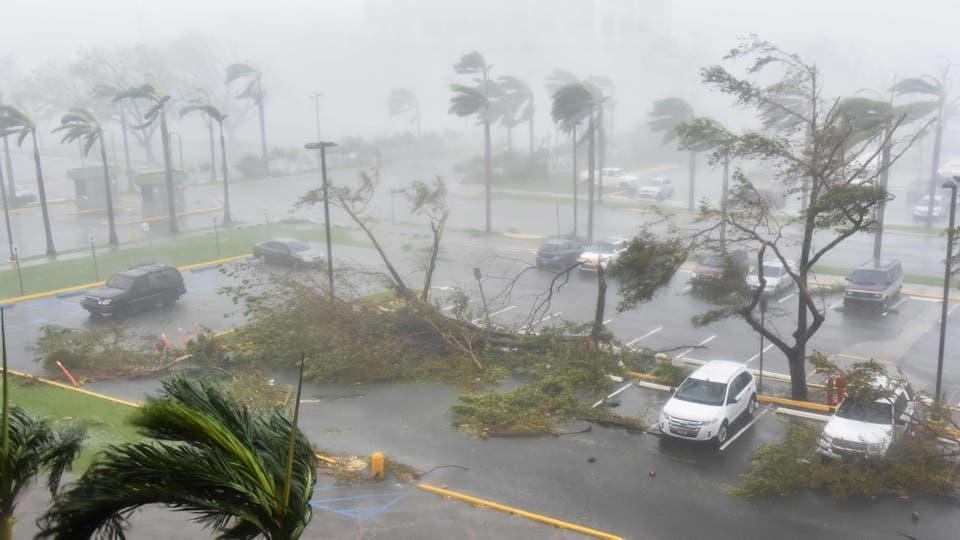 http://bucket1.glanacion.com/anexos/fotos/13/huracan-maria-2535713h540.jpg