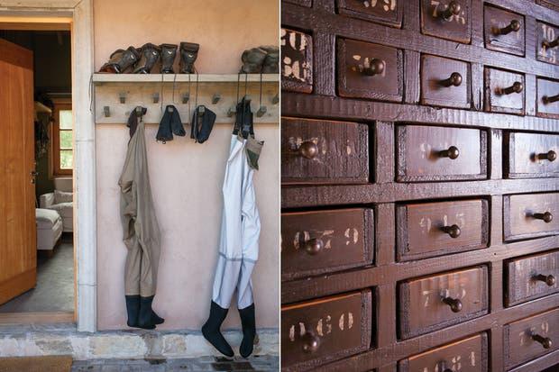 El mueble de múltiples cajones que perteneció a una vieja estación de ferrocarril (Pablo Ledesma)..