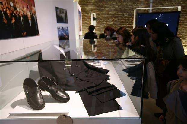 La vestimenta y los clásicos mocasines de Néstor Kirchner serían excluídos de la muestra