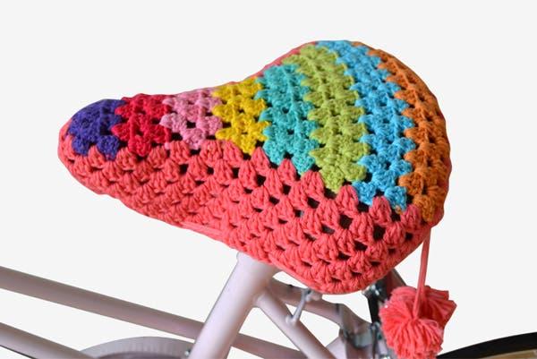 Ponele toda la onda a tu asiento con esta funda de crochet. Se vende desde $155. Foto: Gentileza Belosophy