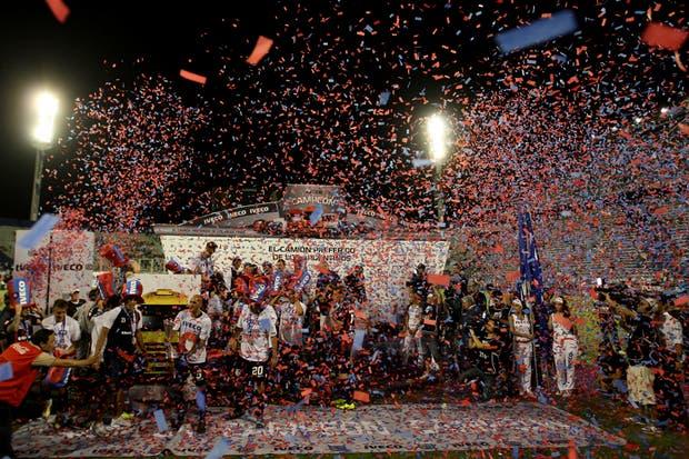 San Lorenzo campeón en la última fecha.  Foto:LA NACION /Emiliano Lasalvia