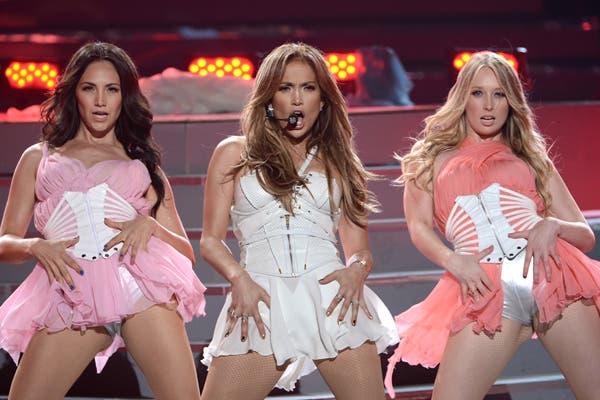 Muy sexy. Luego de sus sinceras declaraciones, Jennifer Lopez esta semana fue una de las artistas invitadas a American Idol, en el cierre del reality