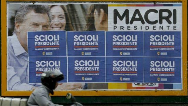 Argentina elige a un presidente para el futuro, pero no para de hablar del pasado