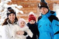 Los duques de Cambridge y las primeras vacaciones de esquí de los príncipes George y Charlotte