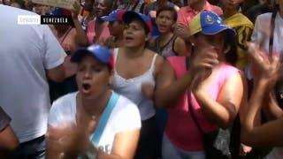 Oposición Venezolana marcha pidiendo la revocatoria