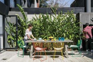¿Qué tipos de muebles convienen para un patio o jardín?