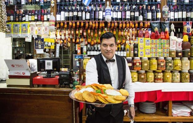 Diego Martínez, de la Gran Taberna, con la especial de la casa