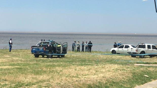 Hallan cadáver de mujer en el río de la Plata