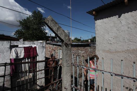 Puerta de hierro: territorio abandonado y arrasado por el paco ...