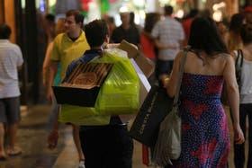 La facturación de los centros comerciales se expande al 30 por ciento anual, según el Indec