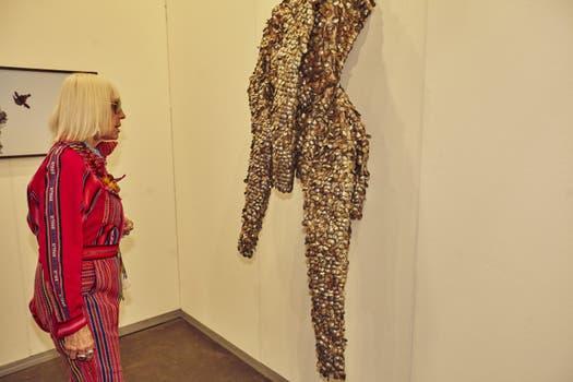 Vestimenta N° 2 (2016) ANDRÉS BEDOYA. Ginsberg - US$ 16.000.
