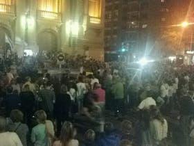 Manifestantes en Bahía Blanca