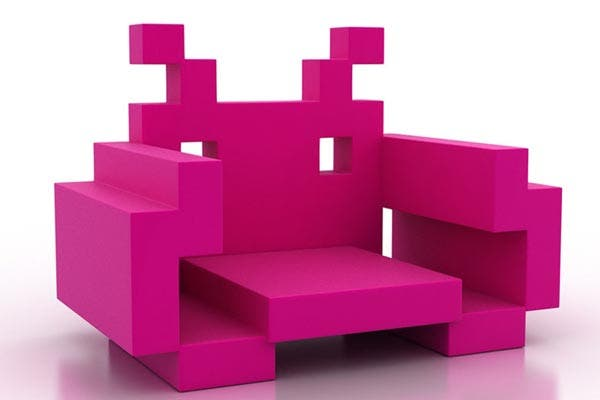 Este sillón está inspirado en Space Invaders, el video game de los 70. Parece incómodo pero es de goma espuma. Simpático, ¿no?. Foto: Gentileza www.wearedorothy.com