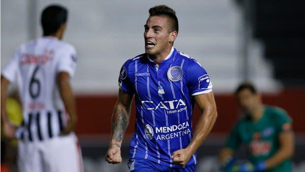 Angel González, la cara de la victoria