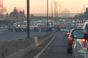 Corte total sobre la autopista Panamericana