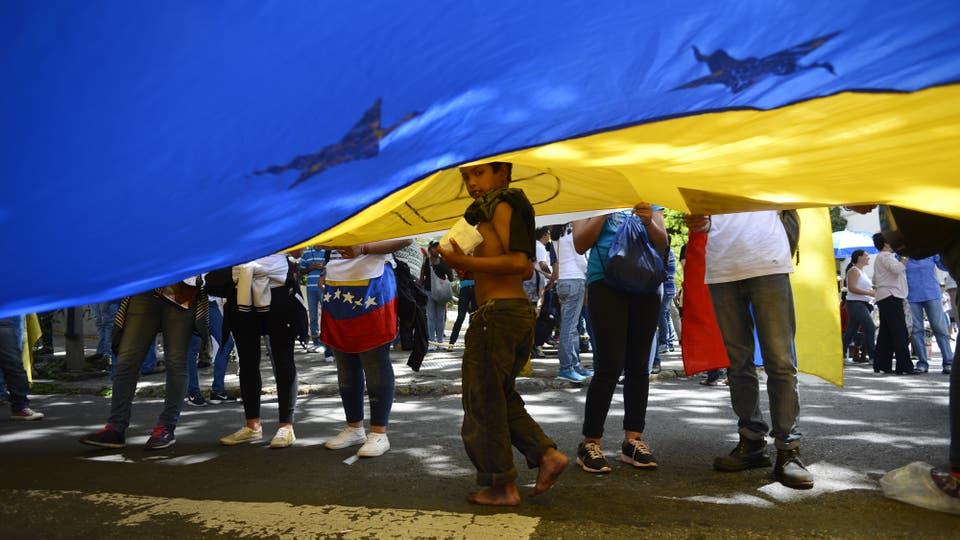 En medio de una crisis que parece no tener fin en Venezuela, continúan las protestas y se agudiza el desabastecimiento.