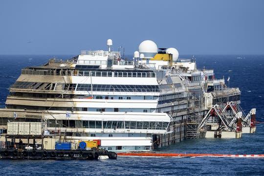 El complejo sistema, del que participó un equipo de 500 técnicos, 22 naves y ocho barcos, costó 600 millones de euros. Foto: AFP