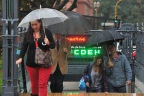 El alerta meteorológico incluye al centro y litoral del país