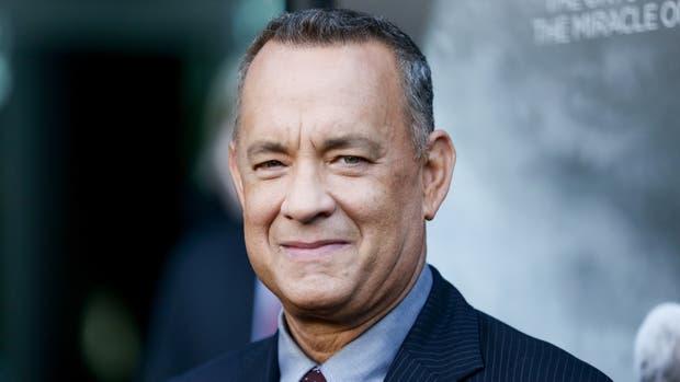Tom Hanks envía máquina de expreso a periodistas de la Casa Blanca
