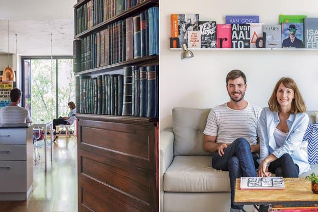"""""""El departamento está planteado para poder separarlo en dos ambientes con una pared, pero elegimos no cerrarlo: preferíamos tener más luz y amplitud, y hacer una división más permeable"""".  Foto:Living /Daniel Karp"""