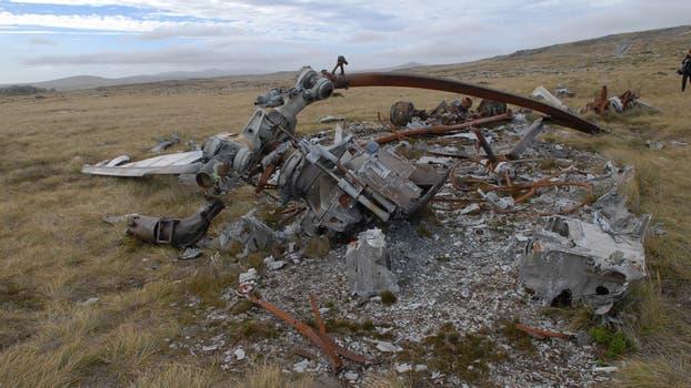 Restos del un helicóptero argentino Chinook, al note de monte Kent. Foto: Archivo / Fabián Marelli / LA NACION