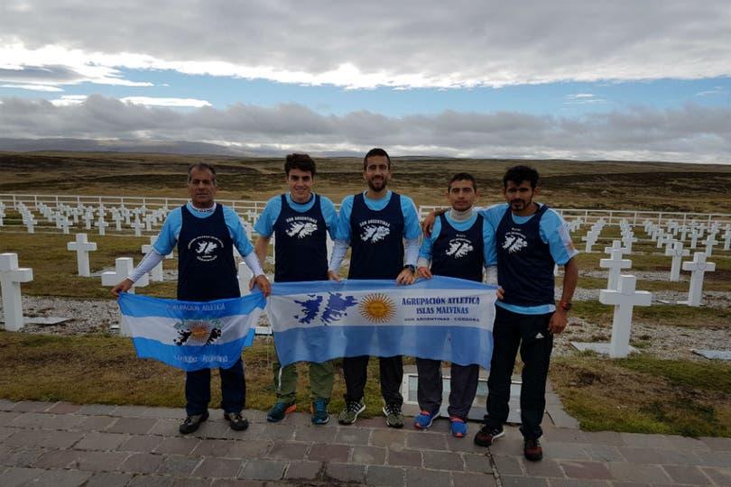 De izquierda a derecha: Julio Castro, Pedro Gómez, Mariano Escudero (h), Bernardo Maldonado y Luis Escudero