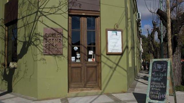 Cocina caserísima con productos de estación y un espacio en el que el arte y la decoración están a la venta son las claves que han hecho de Boulevard Sáenz Peña un preferido de Tigre