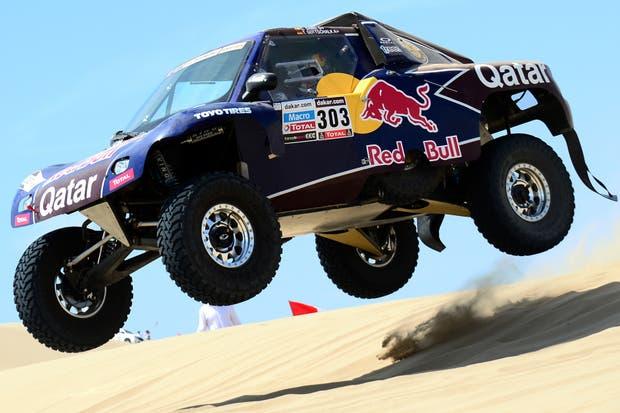 Auto nuevo, piloto experto: el nuevo buggy del veterano Carlos Sainz está en la punta
