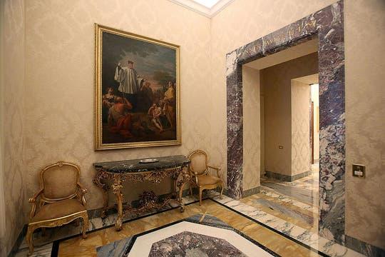 Un recorrido por la residencia veraniega de Castel Gandolfo, donde vivirá temporalmente Benedicto XVI antes de instalarse en un convento..