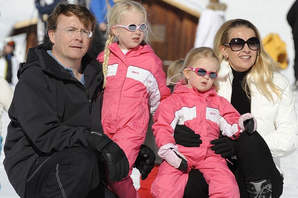 Una de las últimas imágenes de la familia, durante sus vacaciones en Lech. Foto: /AP y Getty Images