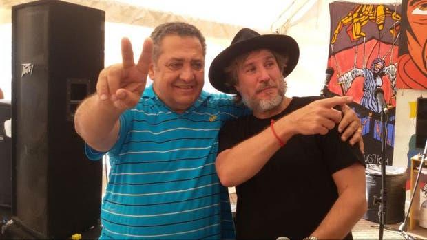 Boudou visitó el acampe de Plaza de Mayo, desde donde D''''Elía hace su programa de radio
